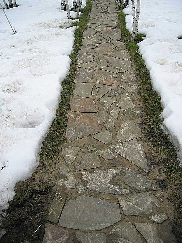 Укладка камня на дорожки своими руками 39